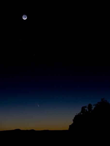 Comet PanSTARRS, night sky photography, astrophoto, New Mexico, El Mapais lava beds