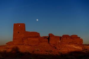 Moonrise over the Wukoki pueblo. (click to enlarge)
