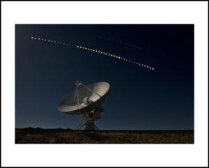 44-16×24-eclipse-lunar-VLAf