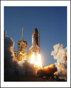 48-16×24-shuttle-Discovery liftofff