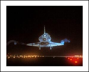 51-16×24-shuttle-atlantis-landingf